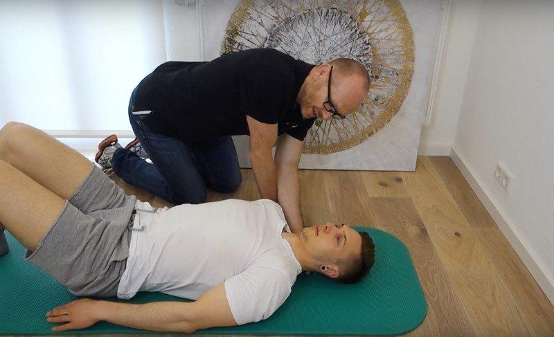 Bandscheibenvorfall Halswirbelsäule mobilisieren