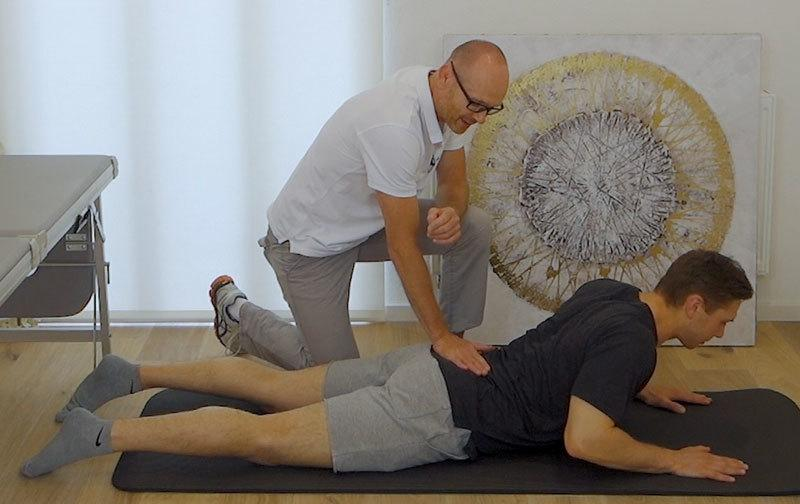 Starke Rückenschmerzen Übungen
