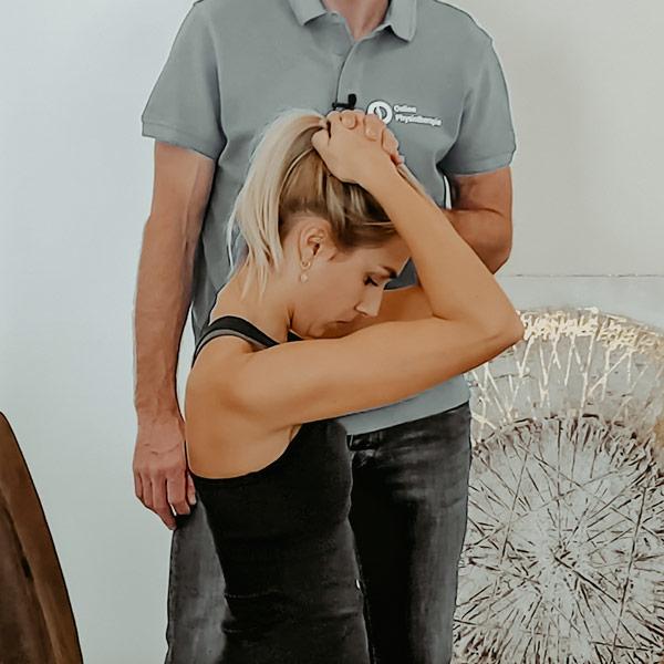 Nackenschmerzen Dehnuebung