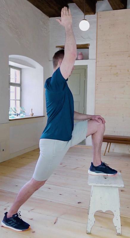 Dehnübung-gegen-Rückenschmerzen